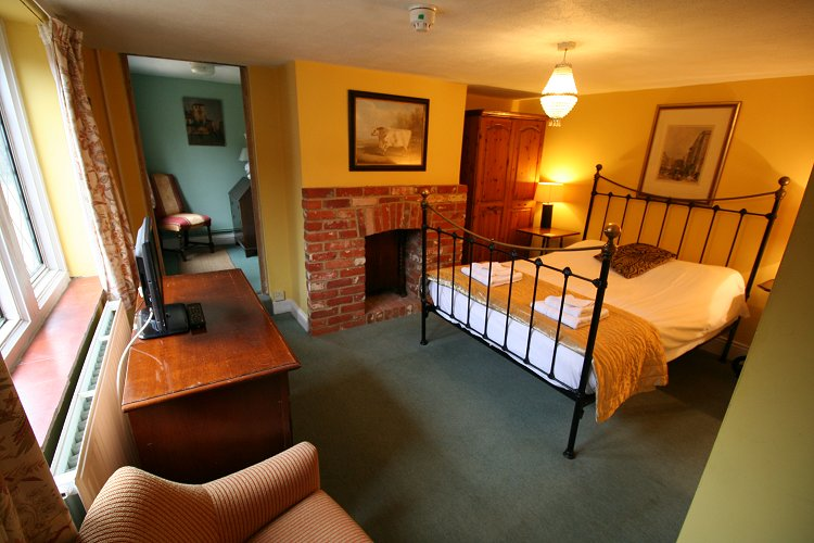 Carpenters Arms, Burghclere, Newbury, pub food & b&b accommodation just off the A34